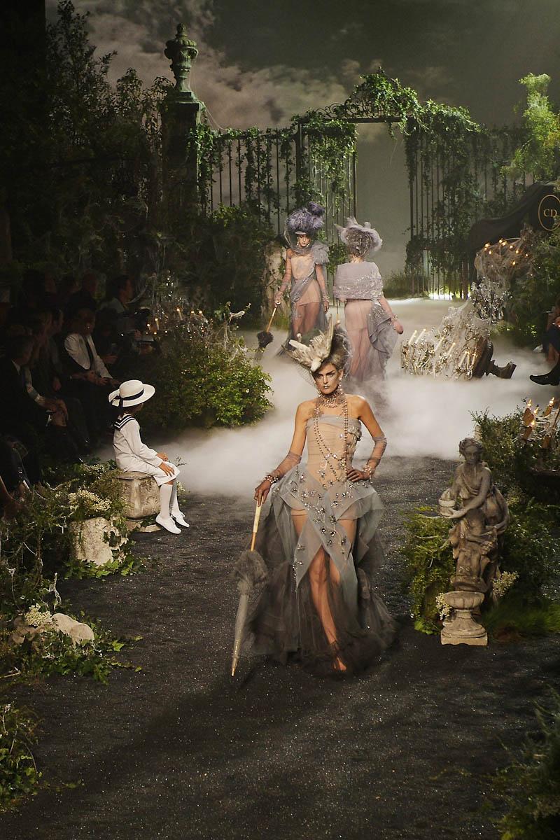 Photographe de l'événementiel à la Halle Freyssinet pour Dior