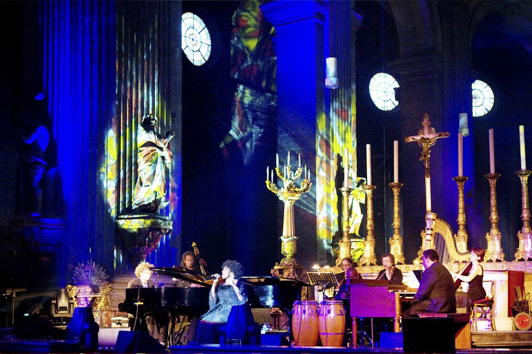 Photographe de l'événementiel Eglise Saint Sulpice pour Liz Mc Comb