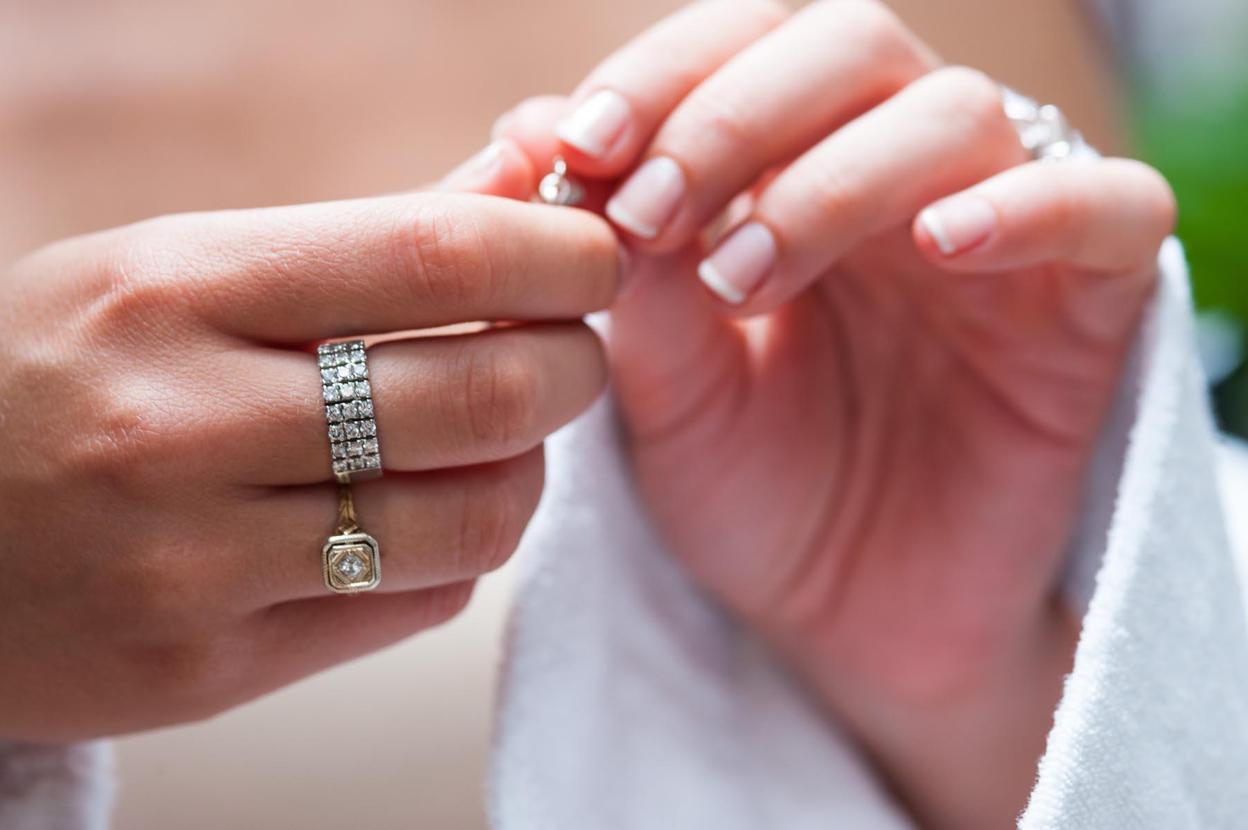 Valorisation des détails par Sofiacome, photographe de mariage